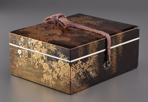 2japanese gold lacquer Writing box 09252252