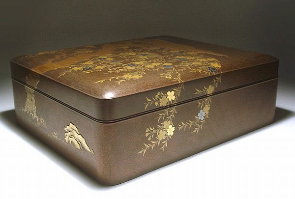japanese gold lacquer makie