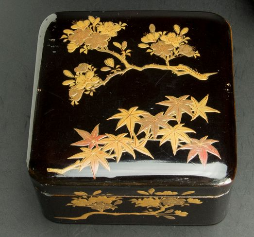 17japanese gold lacquer makie