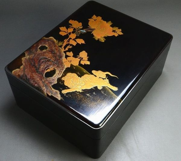 113japanese gold lacquer makie