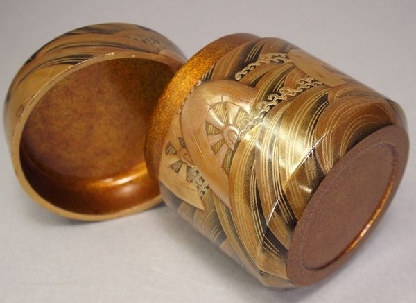 137japanese gold lacquer makie