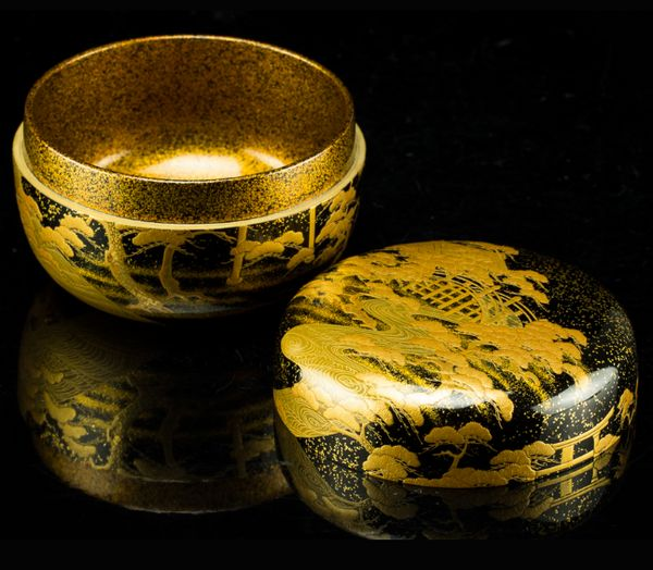 155japanese gold lacquer makie