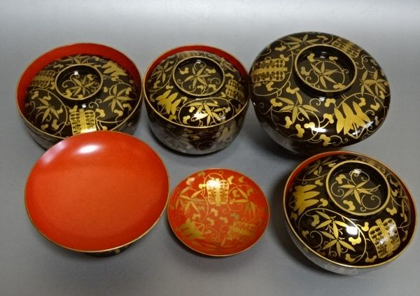138japanese gold lacquer makie