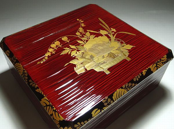 76japanese gold lacquer makie