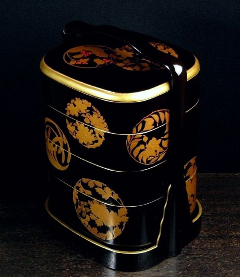 85japanese gold lacquer makie
