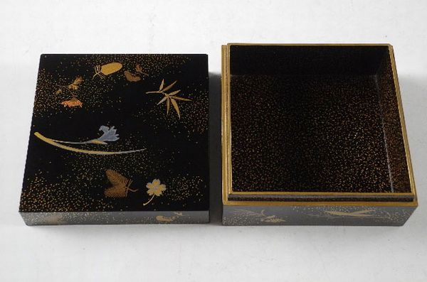 63japanese gold lacquer makie