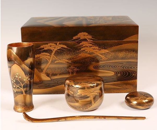 34japanese gold lacquer makie